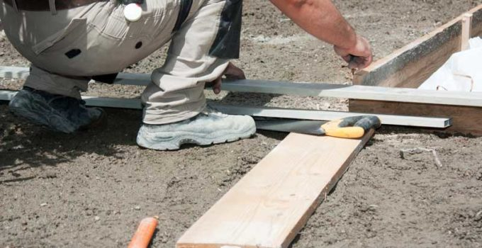 réaliser un coffrage en bois